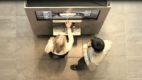 Douwe Egberts Coffee System a récemment présenté un concept innovant de machine à café interactive à écran tactile nommé BeMoved. Et comme son nom l'indique, il faut véritablement «se bouger»...