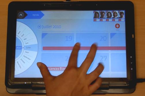Conçue dans le cadre d'un projet mené par quatre étudiants de l'école des Gobelins d'Annecy, Familiz est une application tactile multitouch destinée à une utilisation dans un cadre familial. Elle...
