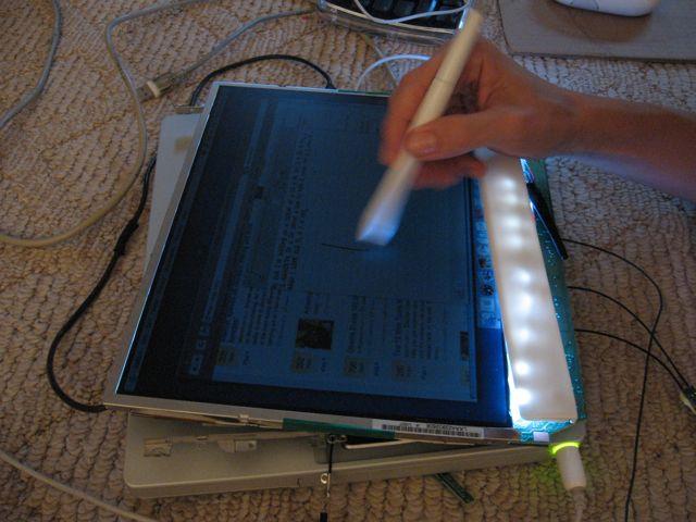 Petit billet rapide pour vous informer que TimCruz de Geek de France (GDF pour les intimes) vient de lancer un appel à projet collaboratif pour la création d'une tablette tactile...