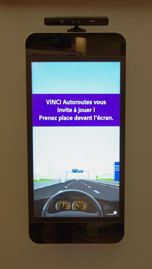 Kinect-ecran-multitouch-vinci-autoroute-mondial-auto