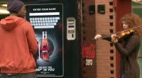 A l'occasion de la sortie du dernier James Bond intitulé Skyfall, la marque Coca Cola Zero a mis en scène une opération marketing plutôt originale, demandant un véritable engagement physique...