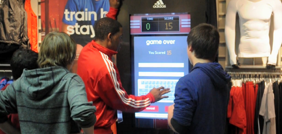 jeu-tactile-magasin-adidas
