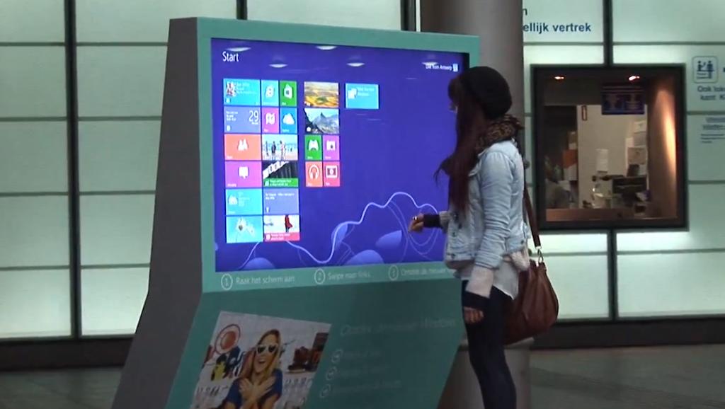 Windows8-ecran-tactile-geant