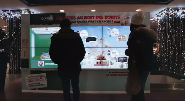 mur interactif tactile geant casino paris