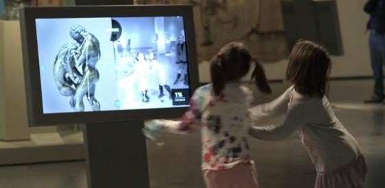 enfants-ecran-tactile-musee-jeu