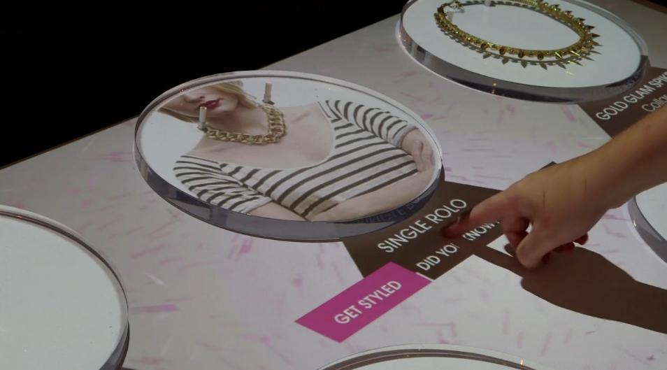 dispositif-interactif-phygital-bijouterie