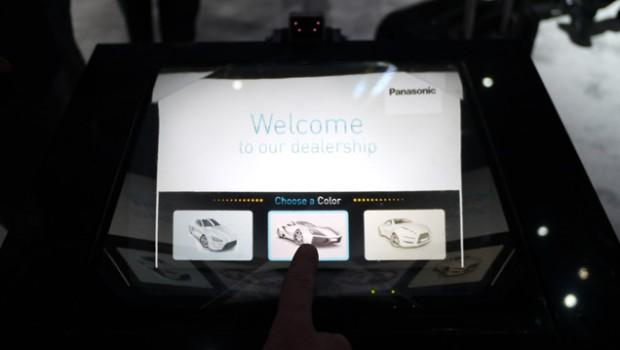 Arpentant les allées du CES 2014de Las Vegas, l'équipe de la rédaction du site Lesnumériques.coma eu la surprise de découvrir un «incroyable hologramme tactile» sur le stand de Panasonic. Vidéo...